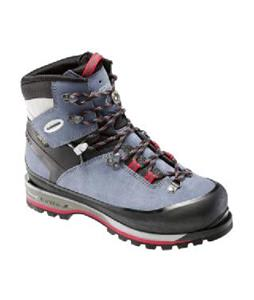 Lowa Mountain Expert GTX Hiking Boots
