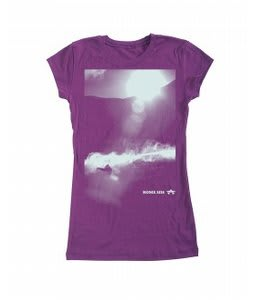 Rome Powder Room T-Shirt Plum