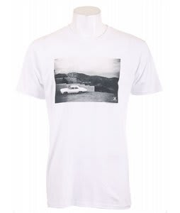 Analog Pla Dstrikt1 Fitted T-Shirt White