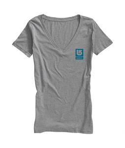 Burton Logo Vertical Fill Recycled Vneck T-Shirt