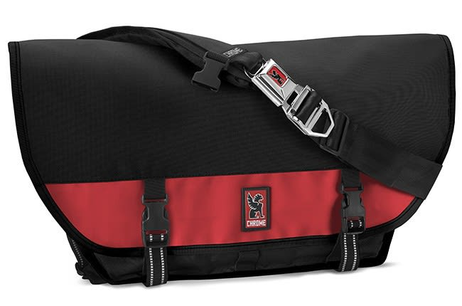 Chrome Citizen Messenger Bag Black/Red 26L