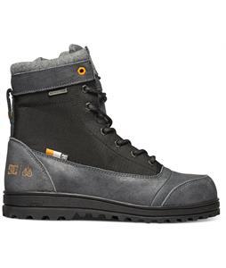 DC Travis Boots