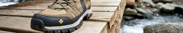 Hiking Shoes - Boots
