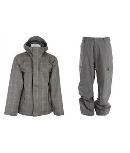 Burton Entourage Jacket w/ Quiksilver Drill Shell Pants