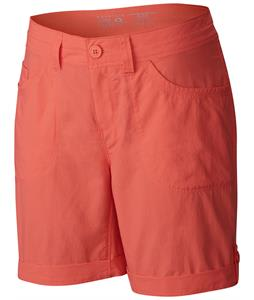 Mountain Hardwear Mirada Cargo 7in Shorts