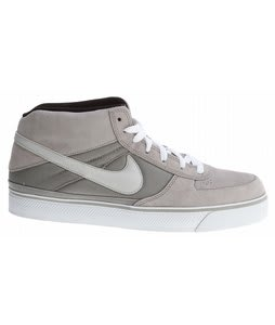 Nike Mavrk Mid 2 Shoes