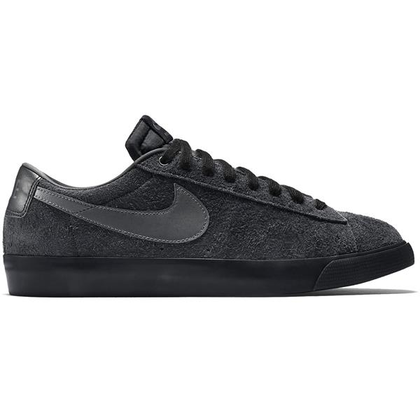 Nike Blazer Low GT Skate Shoes