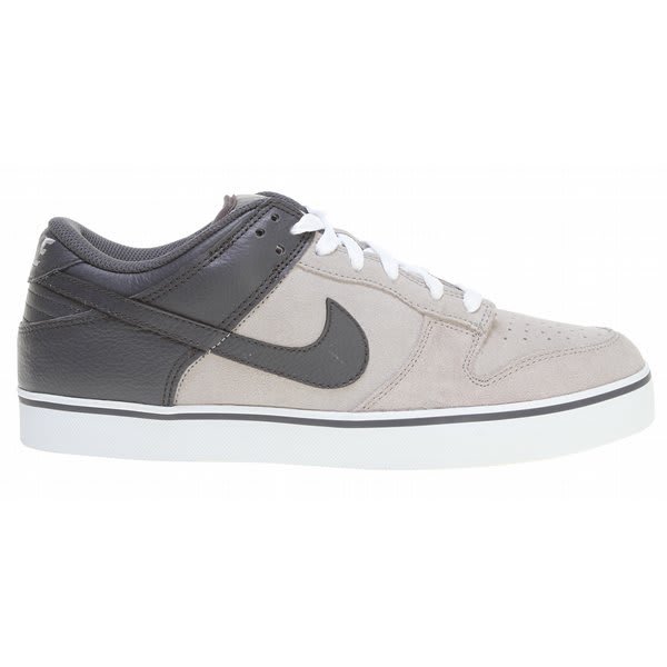 Nike Dunk SE Skate Shoes