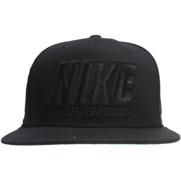 Nike Shadow Snapback Cap
