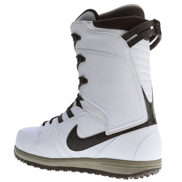 On Sale Nike Vapen Snowboard Boots Up To 45 Off