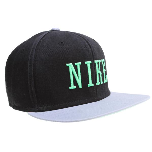 Nike Graphic Snap Back Cap