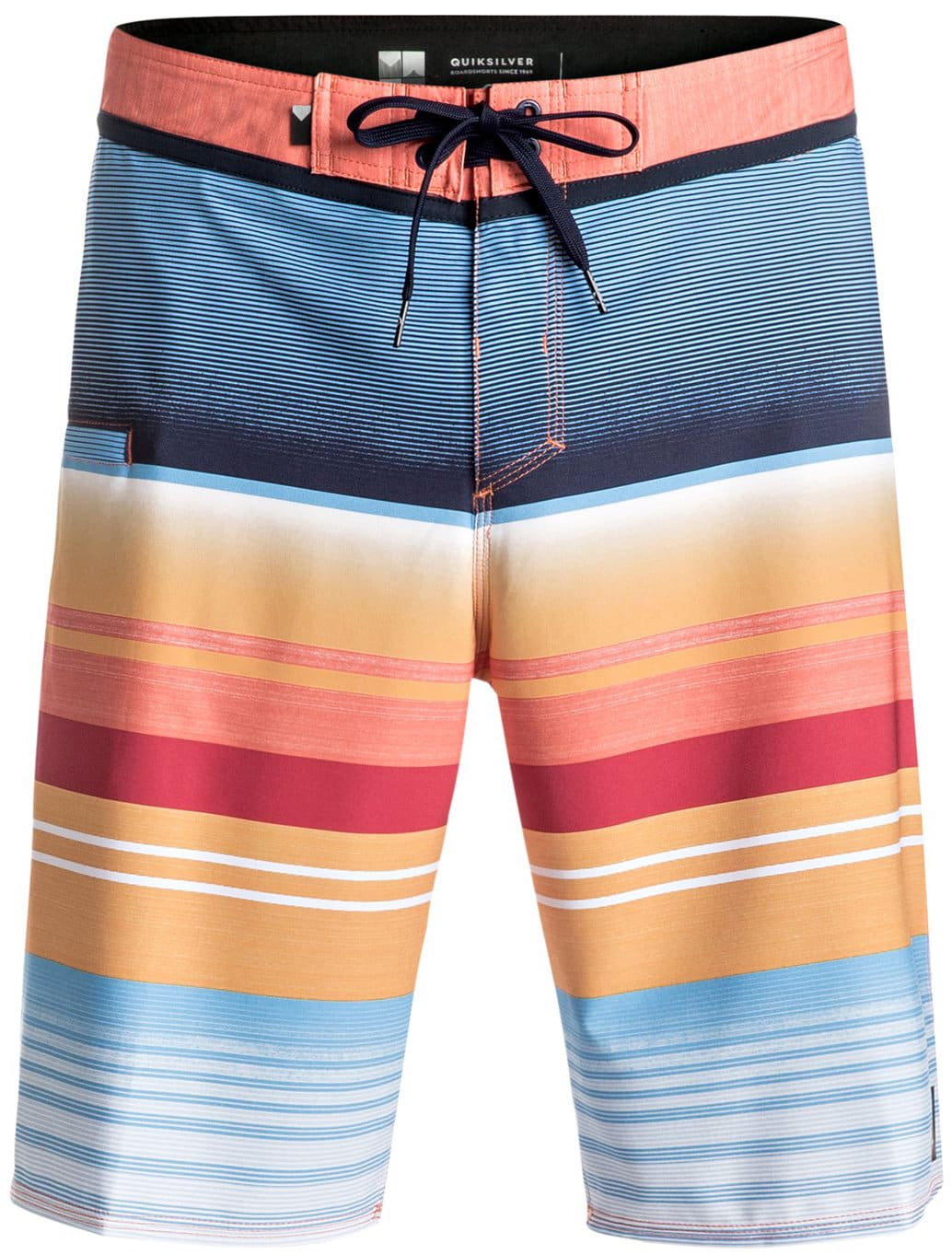 Quiksilver Board Shorts. Get endearing Quiksilver Board shorts at Stylight. They are available in vibrant colors and soothing fabric to give you optimum comfort. Quiksilver Board shorts are preferred for their soothing feel that gives respite during hot weather.