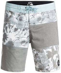 Quiksilver Never Work 18in Boardshorts