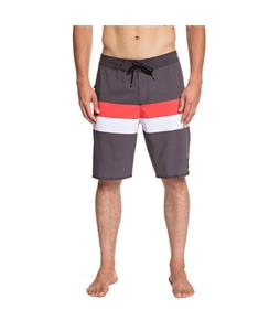 Quiksilver Highline Seasons 20in Boardshorts