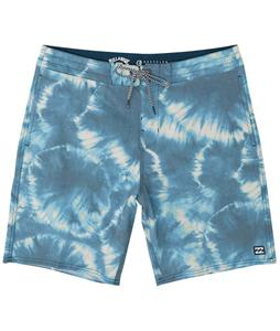 Billabong All Day Riot Lo Tides 19in Boardshorts