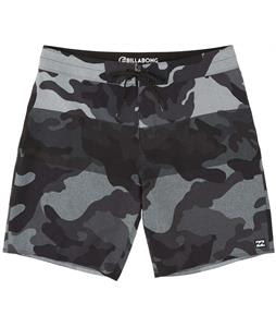 Billabong Tribong Airlite 19in Boardshorts