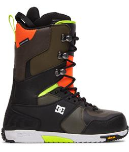 DC The Laced Snowboard Boots