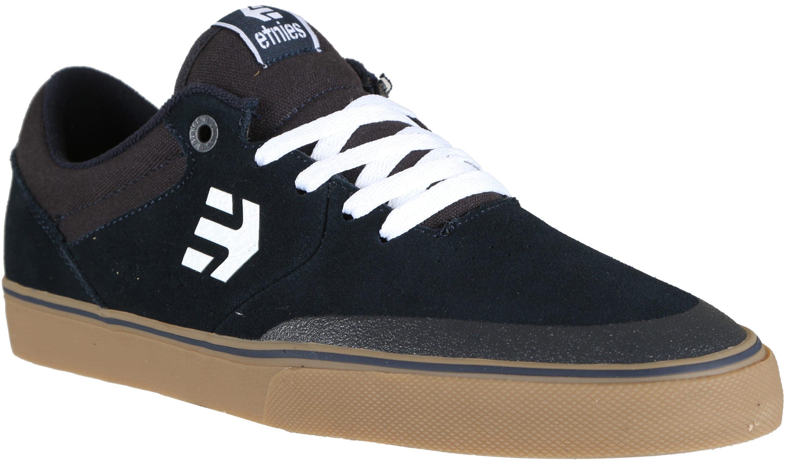 Etnies Suede Shoes