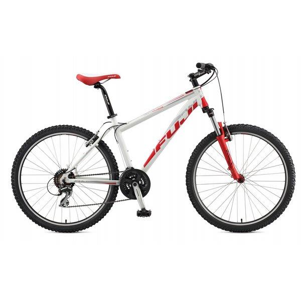 """Fuji Nevada 3 0 St Bike Matte White 15"""" (S) U.S.A. & Canada"""