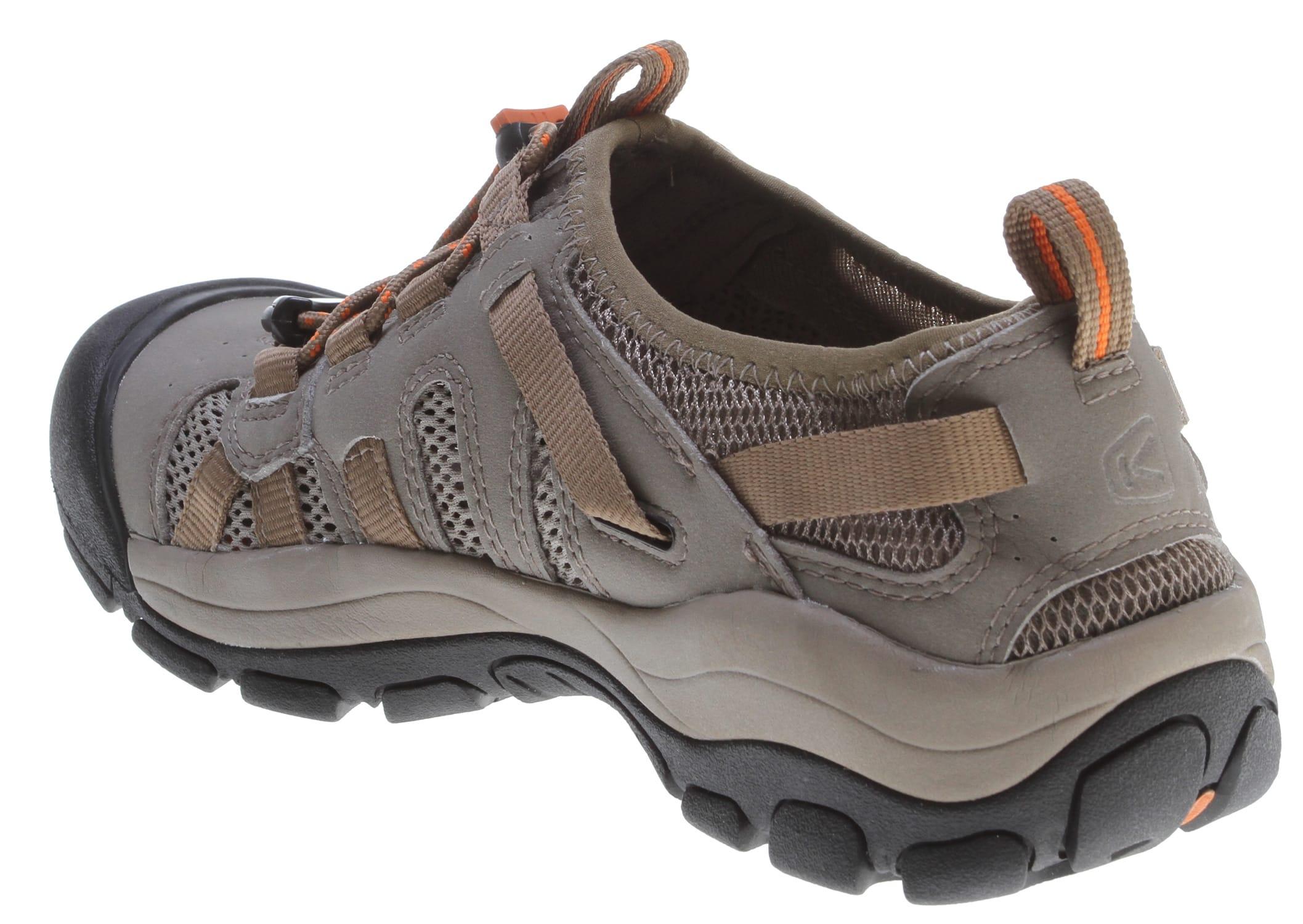 70fe82ea9096 Keen Mckenzie Water Shoes - thumbnail 3