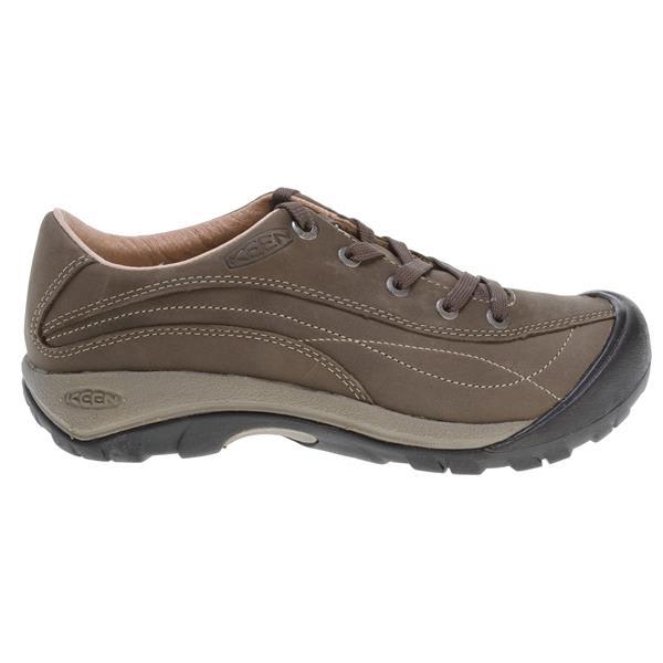 een Toyah Shoes Black Olive U.S.A. & Canada