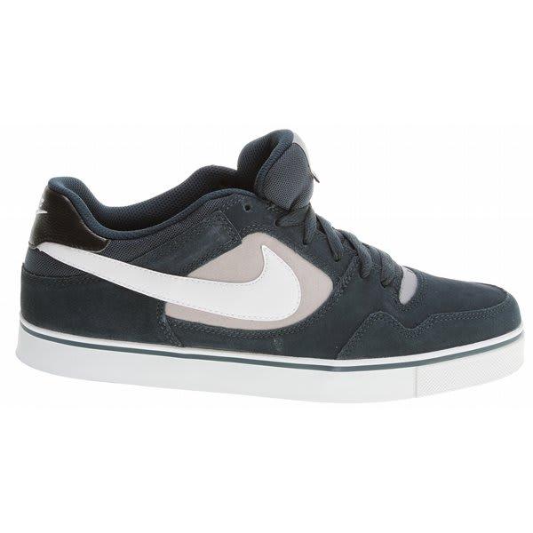 nike-60-prod-25-shoes-blk-matte-silver-wht-12-zoom.jpg 276638807