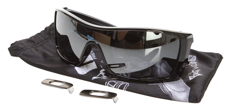 a24539ddf4 Oakley Batwolf Sunglasses - thumbnail 4