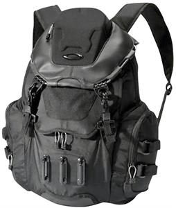b7d924f1c992 Oakley Bathroom Sink Backpack