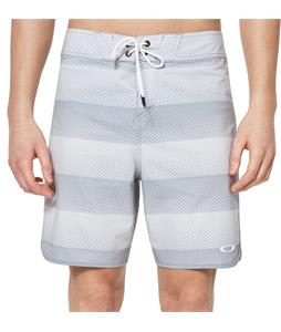 Oakley Dot Stripes 19in Boardshorts