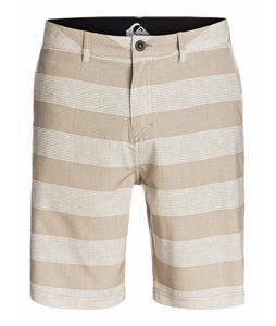 Quiksilver Everyday Horizontal 20in Amphibian Shorts