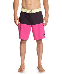 Quiksilver Highline Division Pro 19 Boardshorts