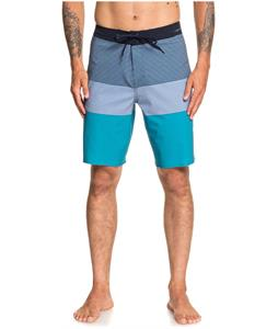 Quiksilver Highline Massive 20in Boardshorts