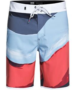 Quiksilver Highline Resin Scallop 19 Boardshorts