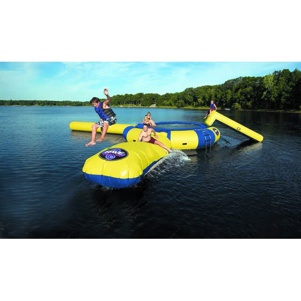 Rave Aqua Jump Water Trampoline 15 W / Launch And Log U.S.A. & Canada