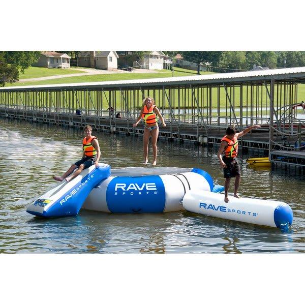 Rave Splash Zone Plus Water Park U.S.A. & Canada