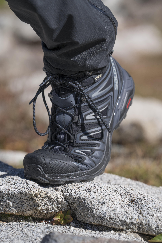 quality design b41c6 53271 Salomon X Ultra Mid 2 GTX Hiking Boots