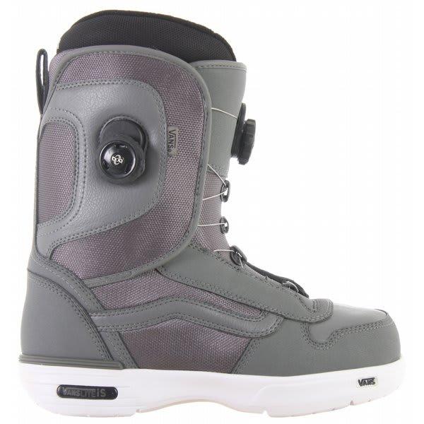 435c8661cb Vans Aura Snowboard Boots