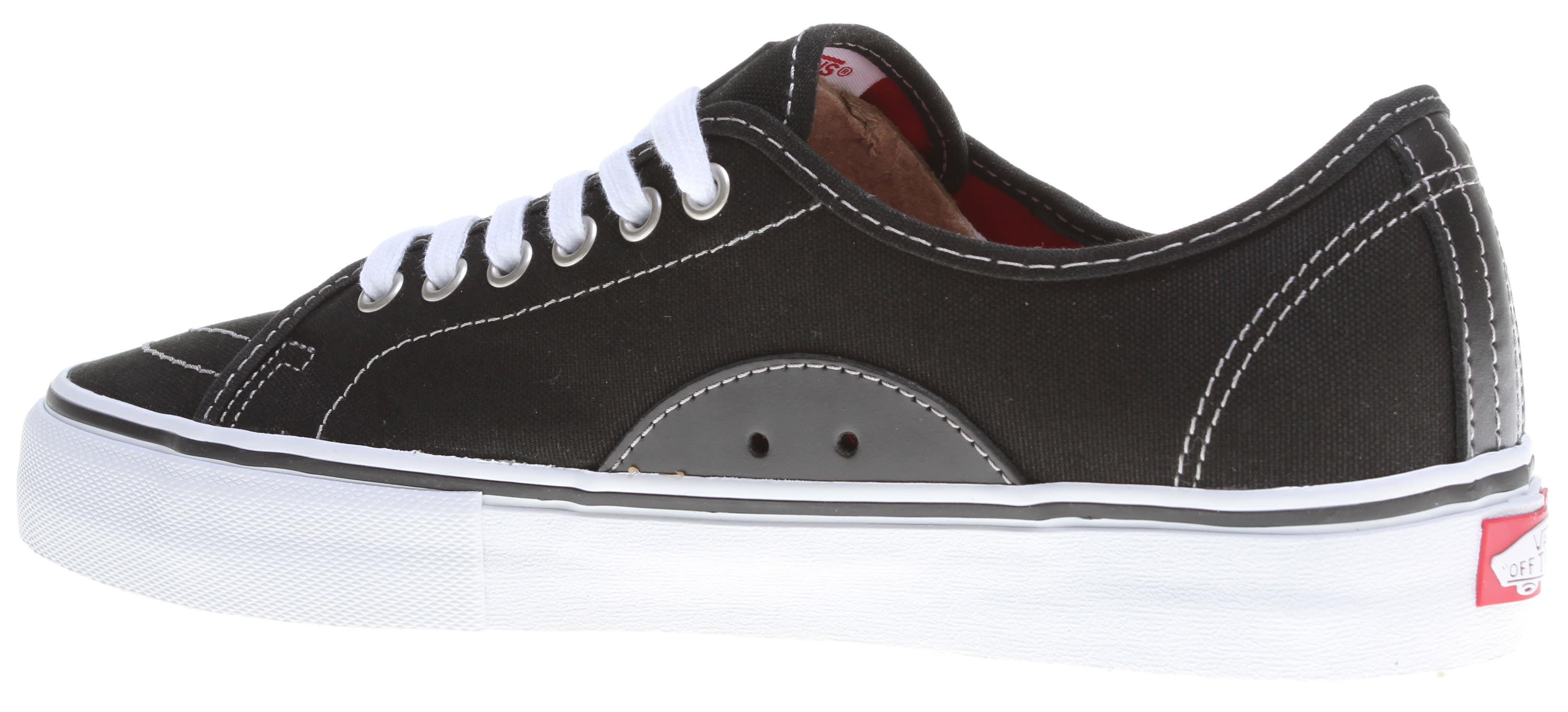 d6f02106eabb12 Vans AV Classic Skate Shoes - thumbnail 3